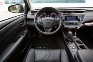 2014 Toyotoa Avalon Limited