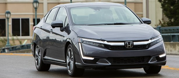 honda clarity 2018 la berline hybride rechargeable est arriv e chez les concessionnaires. Black Bedroom Furniture Sets. Home Design Ideas