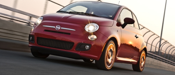 en duel la fiat 500 rencontre la scion iq guide auto. Black Bedroom Furniture Sets. Home Design Ideas